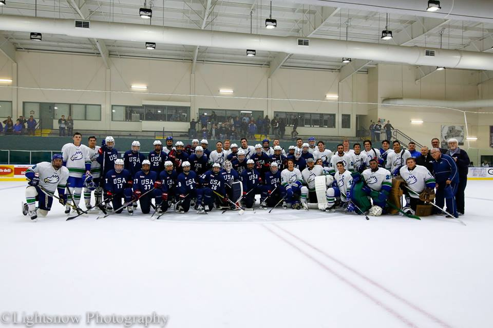 Ice Hockey Team Photo with USA Women's National team 2017